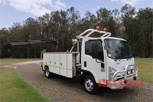 2012 Isuzu NPR 300 Medium Used Isuzu Trucks - Trucks for Sale
