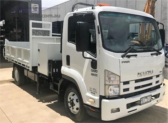 2011 Isuzu FRR500 - Trucks for Sale