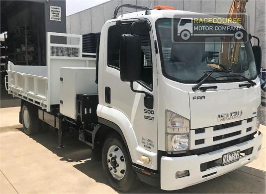 2011 Isuzu FRR500 Racecourse Motor Company  - Trucks for Sale