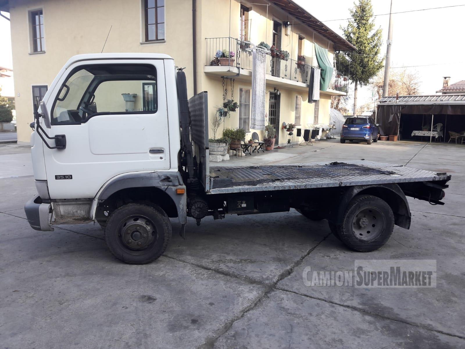 Nissan CABSTAR 35.10 Usato 2004 Piemonte