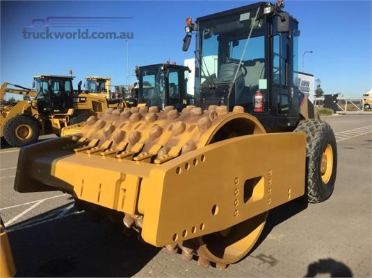 2012 Caterpillar CS76 - Heavy Machinery for Sale