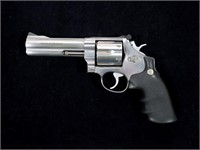 Smith & Wesson Model 625-5 Classic .45 Colt D.A.