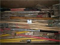 Shovels & Hole Diggers