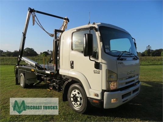 2014 Isuzu FSR 850 Auto Midcoast Trucks - Trucks for Sale
