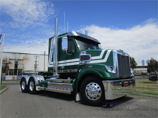 2014 Freightliner Coronado - Trucks for Sale