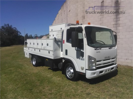 2012 Isuzu NPR400 Hills Truck Sales - Trucks for Sale