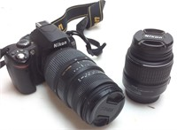 NIKON D40 DIGITAL CAMERA WITH 2 LENS, STAND AND