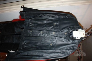 100% BLACK LEATHER JACKET NWT Other Items For Sale 1