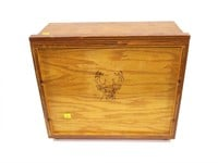 Wood die storage unit with some dies: .284 WIN,