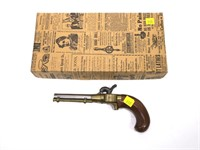 Classic Arms New Orleans ace kit gun in box,