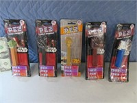 Lot (5) StarWars PEZ Dispensers ON CARD Collectibl