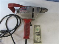 "Milwaukee 1/2"" HD Mixing Low Torque Drill Running"