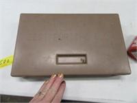 MuzzleLoader CVA Kit + Box Hornady Bullets