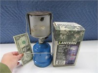 Lot (2) Hiking~Backpack Lanterns Coleman~Gaz