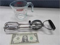 HD Hand Metal Mixer & 2cup Glass PYREX Kitchen