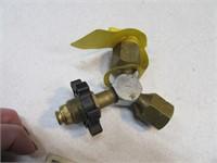 Propane Bottle Splitter & Fuel Gauge Attachments
