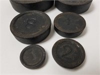 Lot of 6 various size cast iron weights