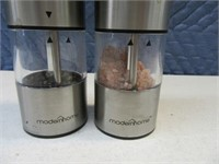 ModernHome BatteryPowered Salt&Pepper Grinder Set