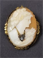 Vintage Sammartino Bros Cameo pin/pendant