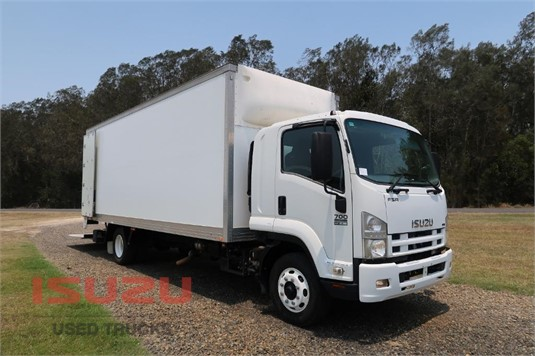2009 Isuzu FSR 700 Long Used Isuzu Trucks  - Trucks for Sale