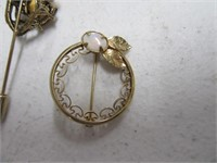 Lot (9) Vintage Costume Jewelry & Bling