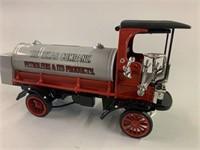 1910 Mack Texaco Tanker Die Cast Bank