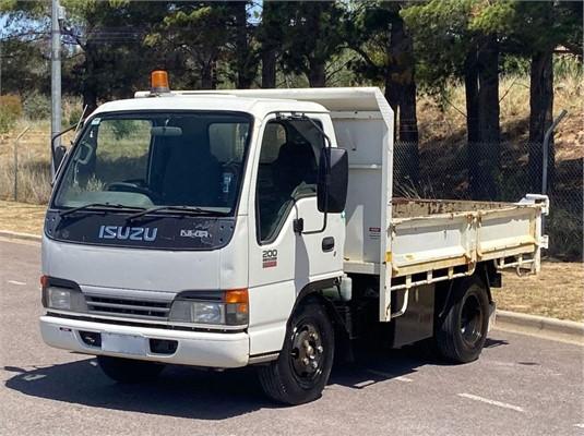 2003 Isuzu NKR - Trucks for Sale
