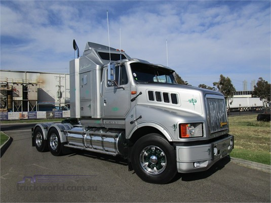 1996 International Transtar 4700 - Trucks for Sale