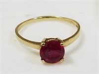 10Kt RUBY Gold Ring