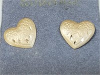 14kt Gold Heart Earrings