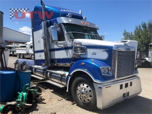 2015 Freightliner Coronado 114 Universal Truck Wreckers - Trucks for Sale