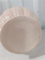 Red Wing Pottery Vase #930 measures approximately