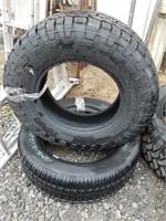 Mixed tires. Includes cooper LT275/70R18,