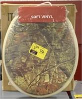 Camo soft vinyl toilet seat.