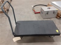 Akro-Mils plastic material cart with removable
