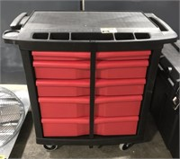 Rubbermaid commercial work station on wheels