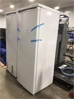 Frigidaire upright freezer