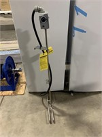 Large water heater 220v
