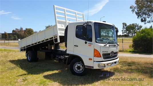 2007 Hino FD - Trucks for Sale