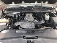 2005 Cadillac Escalade ESV.