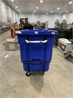 Rubbermaid large utility cart