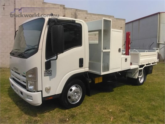 2012 Isuzu NPR300 Hills Truck Sales - Trucks for Sale