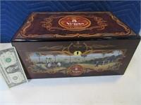New 5VEGAS Wood Stunning Cigar Humidor w/ Contents