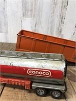 Strucko And Conoco Semi Trailers