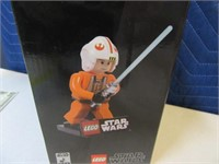 MINT 2007 LEGO Star Wars LukeSkywalker Figure Boxd
