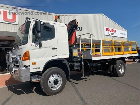 2014 Hino GT 1322 4x4 - Trucks for Sale