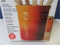 New LeCreuset RED Kitchen Spatula Set w/ Holder