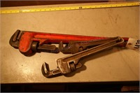 3 pipe wrenches - Rigid & others