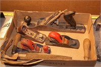 Wood planes & draw shaves 8pcs