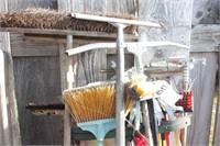 mops & brooms 22pcs